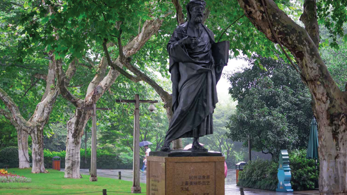 Marco Polo statue in Hangzhou, China. Polo praised Hangzhou as the most splendid city in the world in his travelogue.